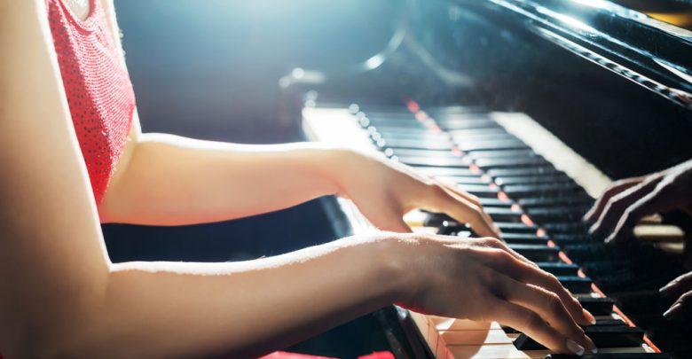 Photo of Die 5 besten Tipps für Anfänger um erfolgreich Klavier spielen zu lernen
