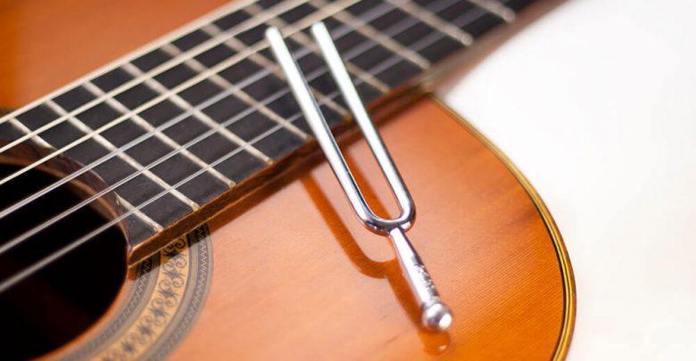 Photo of Gitarre stimmen nach Gehör und mit Stimmgerät – so einfach geht's!